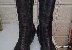 Botas Gianna cor preto tamanho 35