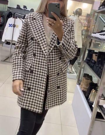Пальто в размере С