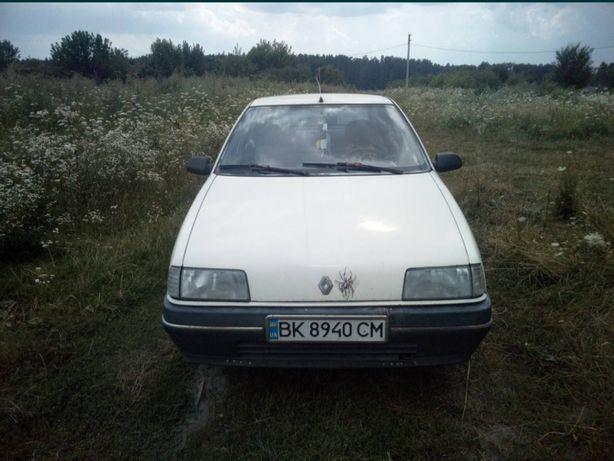 Продам автомобіль Renault 19