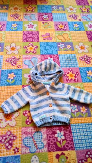 Sweterek dla chłopca 56
