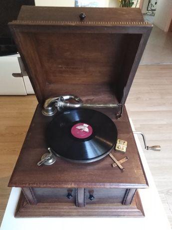Sprzedam patefon, gramofon przedwojenny