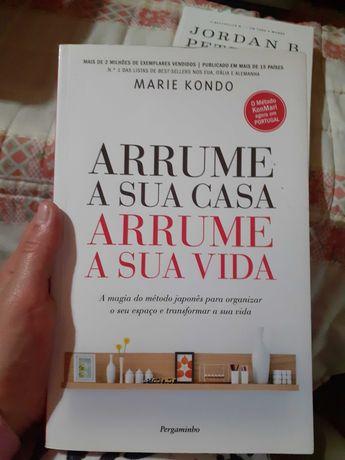 """Livro """"Arrume a sua casa, arrume a sua vida"""" Marie Kondo"""