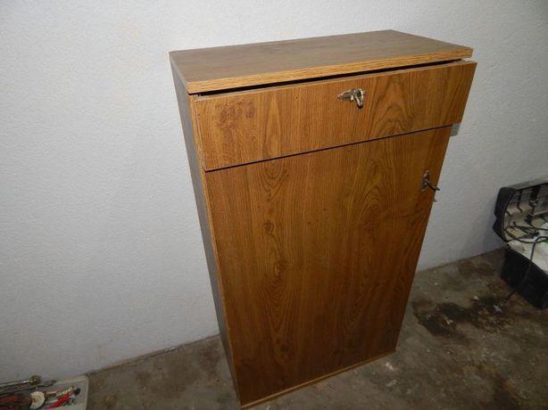 debowa szafka