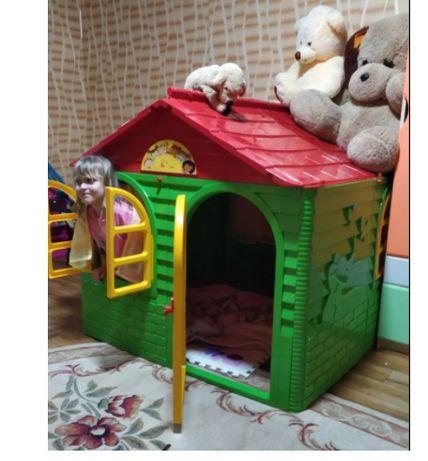 Детский игровой пластиковый домик Doloni.