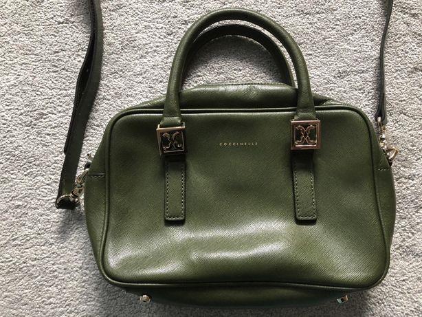Mała zielona torebka Coccinelle