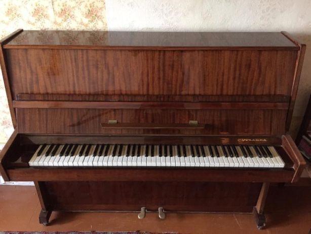 Продажа б/у пианино Украина в отличном состоянии 3900 грн.торг уместен