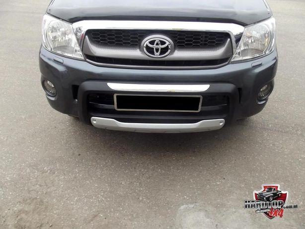 Zderzak, atrapa, baranek, rury, spoiler Toyota Hilux