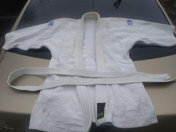 Спортивная одежда кимоно