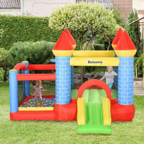 Insuflável Castelo e piscina de bolas para aluguer