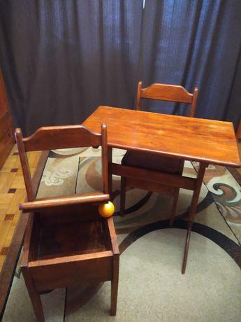 Stół + 2 krzesła lite drewno PRL