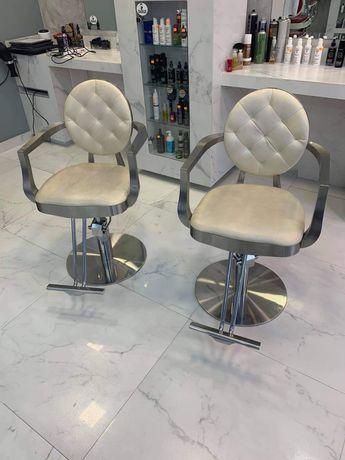 Sprzedam fotele fryzjerskie firmy Kazaro 2szt