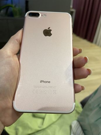 Продам iphone 7 plus 128 гб