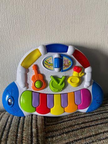 Продам детскую развивающую музыкальную игрушку