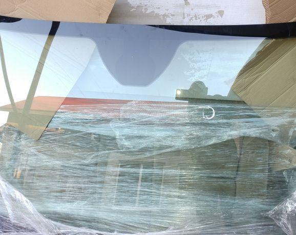 Лобове скло jeep чірокі kl 2014 2018
