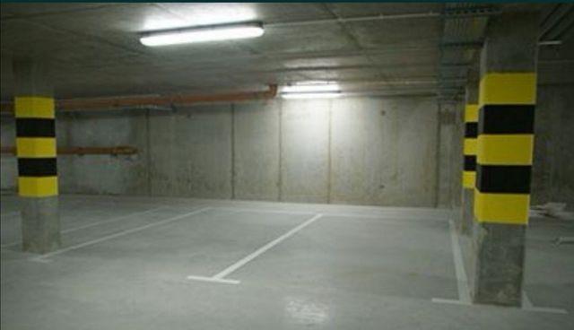 Podziemne miejsce parkingowe