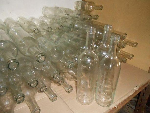 Garrafas em vidro bracas ou de côr lavadas