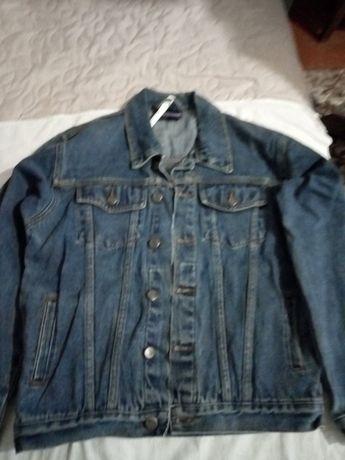 Всего 50грза чудесную. джинсоваю куртку для мальчика 12-13 лет