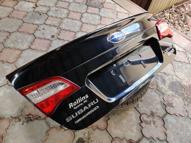 Subaru Legacy 14-19г крышка багажника