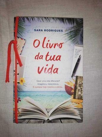 Vendo livro ( o livro da tua vida)