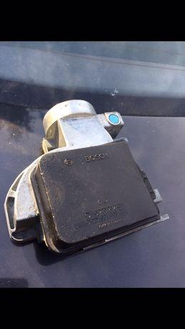 Przeplywomierz Bosch  0280.202106 Audi 80 / 2.0 / Vw golf