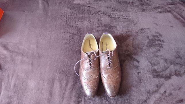 Nowe buty pantofle marki Asos