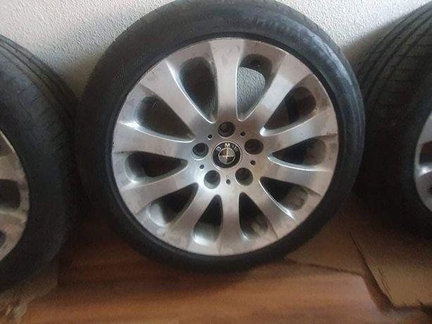 Jantes originais BMW 17'' com pneus Goodyear