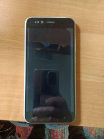 Xiaomi Mi A1. Полностью в рабочем состоянии.