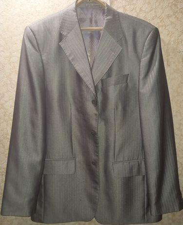 Костюм мужской,брюки,пиджак
