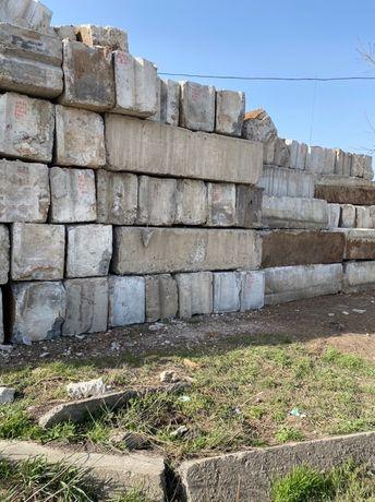 Блоки Фундаментные б/у, дорожные плиты,Ригель,Балки