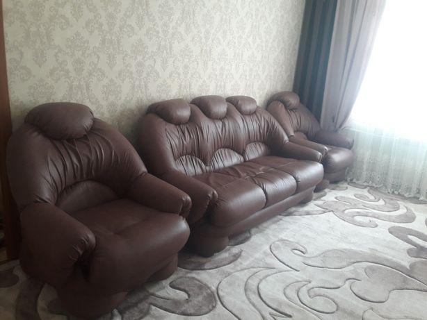Продам заводской набор мягкой мебели