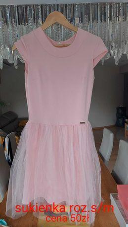 Różowa sukienka z tiulem rozmiar S/M