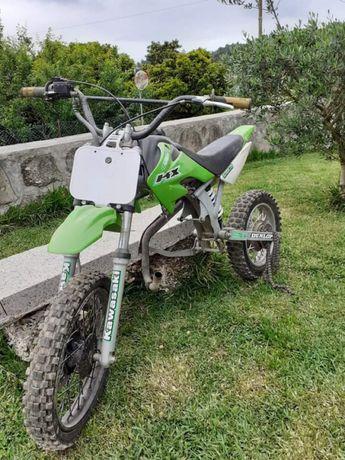 Moto pitbik motor 125