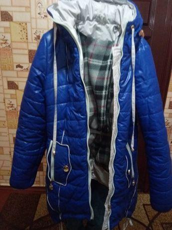 Курточка теплая 44 р.