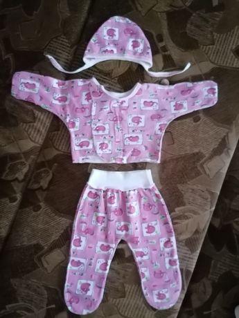 Комплект на девочку 0-3 месяца