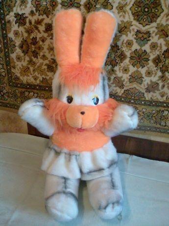 Лучший подарок. Продам огромного зайца (мягкую игрушку).