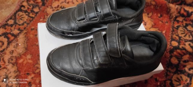Продам туфли 38 р и 40 р