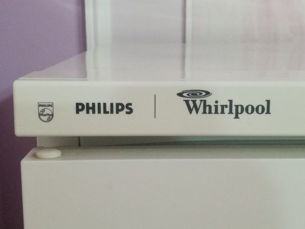 Холодильник Philips  Whirlpool