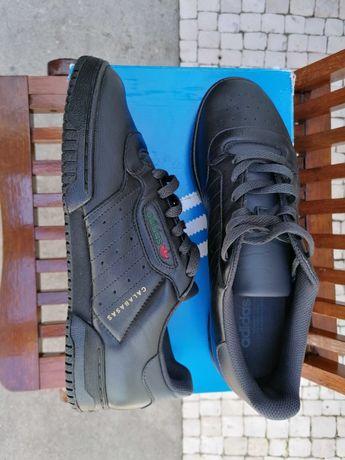 Ténis Adidas Yeezy Powerphase N.º 44