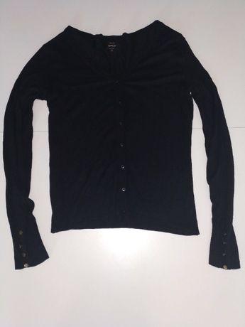 Czarny sweter sweterek zapinany na guziki ONLY rozmiar M
