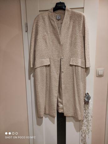 Stylowy, jesienny płaszcz Monnari 42