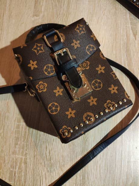 Сумка в стиле Louis Vuitton