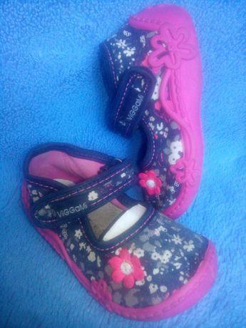 """Обувь """"ViGGaMi"""" 22 размер для дома или садика"""