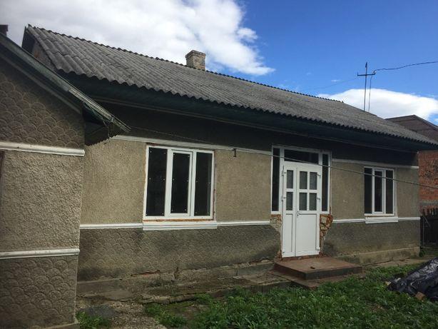 Продаж будинку із земельною ділянкою с. Острица