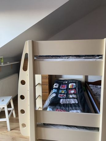 Łóżko piętrowe + szuflada