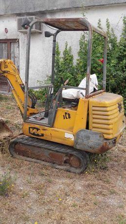 Vendo Escavadora JCB