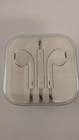 Наушники проводные Apple EarPods 3,5 мм.