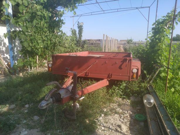 Продам прицеп-МАЗ 8132