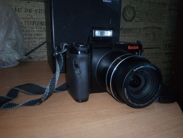Фотоаппарат KODAK. 2000руб