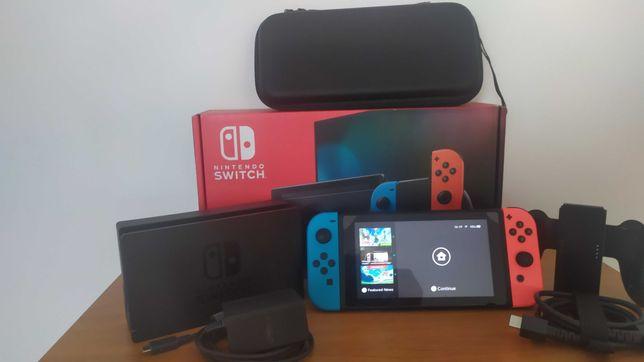Konsola Nintendo Switch HAC-001(-01)  + szkło hartowane + Etui