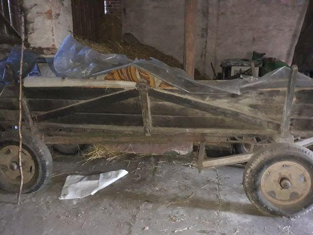 Wóz drewniany rolniczy